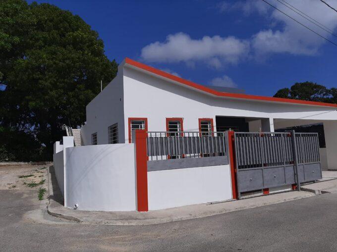Vendo en residencial de Puerto plata esclente casa